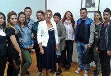 Marija Aleksandrović sa učiteljima romskog jezika; foto: privatna arhiva M.A.